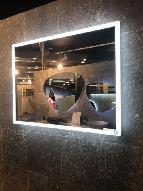 Badkamerspiegel Starlight 120x60cm Met LED Verlichting En Anti Condens spiegel